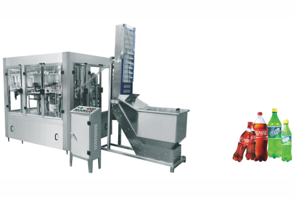 Carbonated-Drinks-&-Beer-Filling-Machine